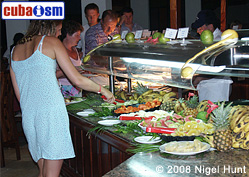 Buffet in Hotel Guardalavaca